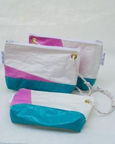 Wristlet Sail bags collection: handmade in small batches from various materials and colors of recycled sails and discarded canvas. Duck Tape Bags, Costura Diy, Best Tote Bags, Plastic Grocery Bags, Diy Bags Purses, Handmade Wire Jewelry, Summer Handbags, Sailing Outfit, Cute Bags