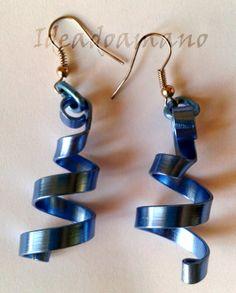"""Pendientes """"Espiral descendente"""" azules"""