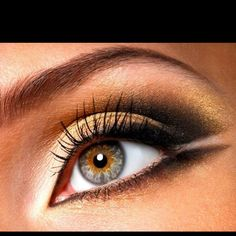 Love this eye shadow combo