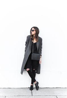 modern legacy fashion blog Australia street style off duty ASOS long grey oversized coat Lee ripped knee black skinny jeans Helmut Lang oxfords Alexander Wang Prisma bag (1 of 13)