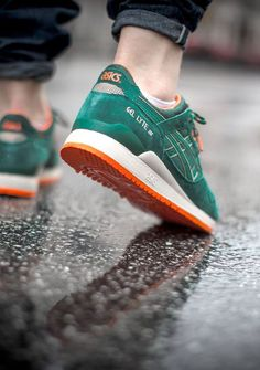 691daf870ad6 Asics Gel Lyte III  Outdoor Pack   Green Orange Nike Shox