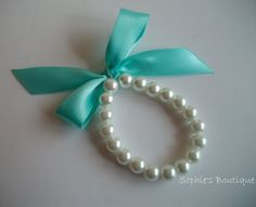 Every girl needs a little bit of Tiffany Blue....gonna make these for my sweet little cousins!
