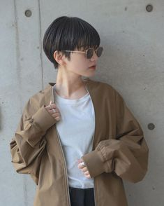 Japanese Short Hair, Korean Short Hair, Super Short Hair, Girl Short Hair, Short Pixie Haircuts, Short Hairstyles For Women, Wavy Hair, Her Hair, Short Hair Outfits