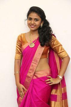 Glamorous Chennai Girl Rahaana Long Hair Photos In Traditional Red Sari Beautiful Girl In India, Beautiful Women Over 40, Beautiful Blonde Girl, Most Beautiful Indian Actress, Beautiful Girl Image, Beautiful Actresses, Beautiful Saree, Cute Beauty, Beauty Full Girl