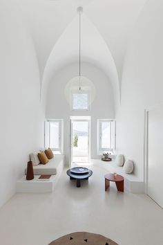 "stylish-homes: "" Minimal living room in an architect refurbished cave house on the Greek island of Santorini "" Minimalist Home Interior, Modern Interior Design, Interior Design Inspiration, Minimalist Design, Interior Architecture, Design Ideas, Modern Minimalist, Interior Ideas, Minimalist Apartment"