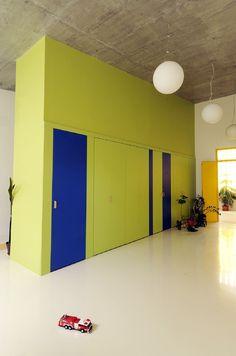 képek: Mustármag óvoda School Architecture, Garage Doors, Outdoor Decor, Home Decor, Decoration Home, Room Decor, Interior Design, Home Interiors, Interior Decorating