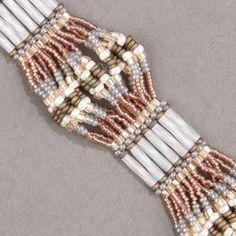 Scalloped Brick Stitch Bracelet Beading Patterns Free, Beaded Jewelry Patterns, Bracelet Patterns, Bead Patterns, Seed Bead Bracelets Tutorials, Beaded Bracelets Tutorial, Beading Tutorials, Seed Bead Earrings, Beaded Earrings