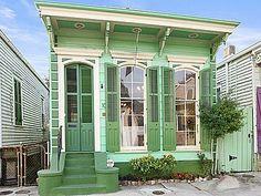 Bywater | New Orleans, LA 70117