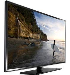 """40"""" w FullHD robi wrażenie. Akoro kupilismy już dekoder satelitarny i PS3 taki telewizor bardzo by nam się przydał."""