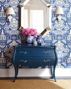 blue and white chinoiserie wallpaper in foyer