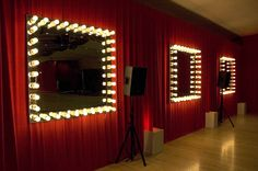lights around mirror - Make you feel like a movie star. Lights Around Mirror, Vanity Table With Lights, Dressing Room Mirror, Dressing Rooms, Velvet Drapes, Café Bar, Custom Drapes, Green Rooms, Room Themes