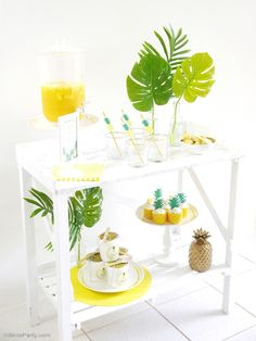 Party Like a Pineapple | Tropical Summer Birthday Party Ideas - BirdsParty.com