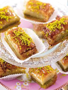 Ein Traum aus Filoteig, Pistazien, Butter und süßem Sirup: Baklava