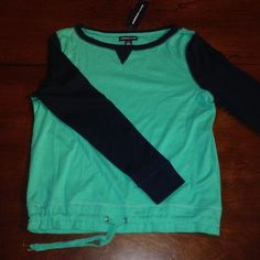 Green top with drawstring waist This features dark navy blue sleeves with a drawstring waist closure. Note that the green is actually slightly darker than the photos show. American Living Tops Tees - Long Sleeve