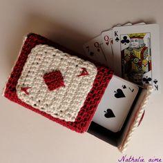 Kartenspiel... boîte d'allumettes au crochet pour jeu de cartes