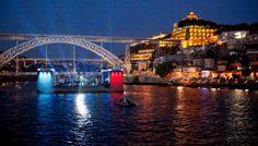 concerto num palco flutuante no rio Douro, Porto
