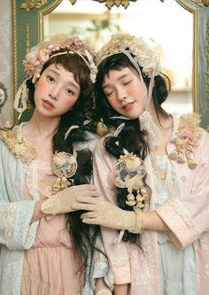 That Little Mori Girl Tokyo Street Fashion, Japanese Street Fashion, Grunge Style, Soft Grunge, Style Lolita, Gothic Lolita, Mori Girl Fashion, Lolita Fashion, Quirky Fashion