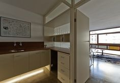 Your Home is Lovely: interiors on a budget: Small kitchen? Some modern inspiration