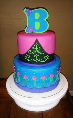 Princess Anna cake by www.facebook.com / cakesbyjenhavenar
