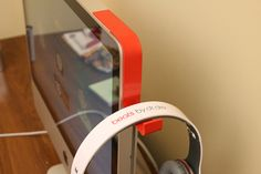 スペック、iMacにヘッドホン置き場としてのフックを追加できる「Kancha 」