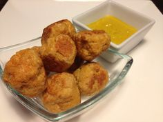 Spicy Chicken Balls - The Fitness Recipes Chicken Balls, Raw Chicken, Cooking Instructions, Spicy, Clean Eating, Rolls, Stuffed Peppers, 2 Eggs, Snacks