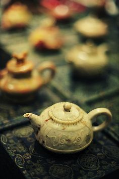 the-next-emperor:    chinese teapots by andrewtansj on Flickr.