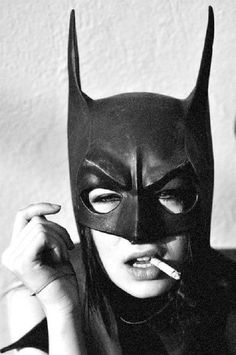 Oh Batgirl! Please put down that cancer stick! You know smoking isn't good for you! And you'll feel far more SUPER with clear lungs! Batman Mask, Batgirl Mask, Batman Batman, Batman Robin, Batgirl Costume, Batman Arkham, Batman Comics, Dc Comics, Batwoman