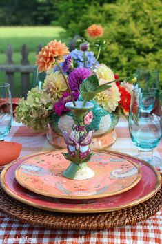 Easing Into Autumn Thanksgiving Table Settings, Holiday Tables, Christmas Tables, Christmas Christmas, Table Arrangements, Floral Arrangements, Taste And See, The Lord Is Good, Autumn Lights