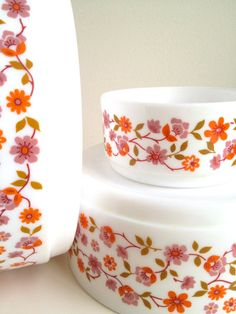 VINTAGE PYREX SET FR UK FOR SALE ON #ETSY #PYREX #MIDCENTURY #MADMEN