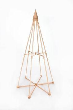 The Jubiltree Wooden Tree is a beautiful alternative Christmas tree that can adapt to any decor, traditional or modern. Live Christmas Trees, Creative Christmas Trees, Noel Christmas, Modern Christmas, Xmas Tree, Christmas Crafts, Homemade Christmas Tree, Xmax, Alternative Christmas Tree