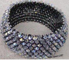 Free Pattern Capricho Bracelet