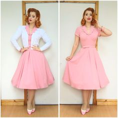 Wow 😍 making the Mariana dress look like the perfect diner a la dress. The ultimate stereotype housewife vibe we tried to channel when designing this piece of prettiness. 1950s Outfits, Pin Up Outfits, Dress Outfits, Fashion Outfits, 50s Dresses, Pretty Dresses, Vintage Dresses, Vintage Outfits, Rockabilly Dresses
