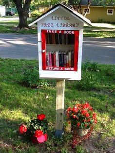 Los cuentos de Panapa: Curiosas bibliotecas al aire libre