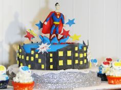 Superman - Ideal Patisserie