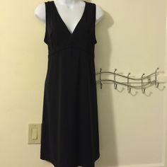 Maternity - price drop  Stylish maternity dress.  It ties in the back so you can adjust the size. Motherhood Maternity Dresses Midi