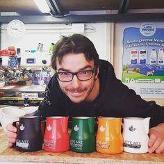 Il nostro Trainer Simone è certificatore LAGS Nera. In Accademia trovate l'ampia scelta di piani formativi compreso il percorso di Latte Art. #LatteArt #Verona #CoffeeTrainingAcademy #CoffeePassion #LatteArtGradingSystem #SimoneCattani