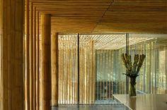 Bamboo Wall House by Kengo Kuma Architect. Bamboo Architecture, Minimal Architecture, Sustainable Architecture, Contemporary Architecture, Architecture Design, Ancient Architecture, Bamboo House, Bamboo Wall, Timber Slats