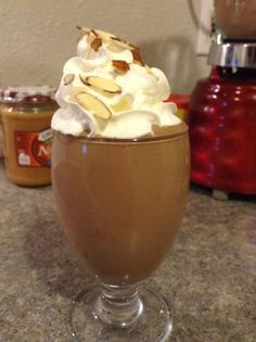 Snickers Smoothie by Jennifer Johnson FP or S cup Low fat cottage cheese 1 Pb2 Recipes, Trim Healthy Recipes, Trim Healthy Momma, Skinny Recipes, Smoothie Popsicles, Smoothie Drinks, Smoothie Recipes, Peanut Flour, Peanut Butter