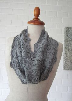 Ravelry: To infinity and beyond pattern by Joji Locatelli ~ free pattern on Ravelry. Love the softer, lighter, long infinity look!