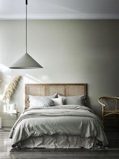 Home Interior Living Room .Home Interior Living Room Home Luxury, Serene Bedroom, Grey Bedroom Design, Minimal Bedroom, Plywood Furniture, Home Decor Inspiration, Decor Ideas, Home Decor Accessories, Cheap Home Decor