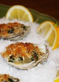 Get Oysters Rockefeller Recipe from Food Network Shrimp Recipes, Fish Recipes, Speggetti Recipes, Appetizers For Party, Appetizer Recipes, Party Nibbles, Antipasto, Tapas, Food Network Recipes