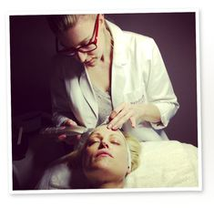 Dermatologist Vs. Esthetician: Who Has the Best Approach to Treating Acne? - Renee Rouleau