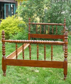 Like this spindle bed even more than a Jenny Lind.  Now if I can find two of them cheap enough.