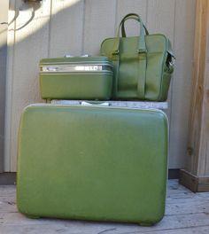 Vintage Samsonite Luggage 1970's Avocado Green by EadoVintage, $135.00