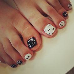 EMI'S DAYS toenails