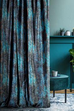 tkanina dostępna w salonie Eurofirany Wide Curtains, Velvet Curtains, Panel Curtains, Velvet Cushions, Curtain Fabric, Green Velvet, Soft Furnishings, Sweet Home, Living Room