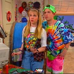 Clarissa Explains It All. Check out the explosion of 90's fashion.