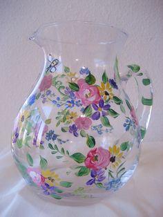 Peint à la main cruche en verre avec motif de roses par TivoliGardens