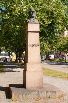 August Levon Alexander Raahe - August was a Finnish industrialist who founded the Vaasan Höyrymylly Oy ( Vaasa Steam Mill) and Vaasan Puuvillatehdas ( Vaasa cotton mill. Cotton Mill