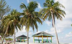 Seven Mile Beach in George Town, Cayman Islands (From: Photos: 10 Most-Visited Caribbean Islands)